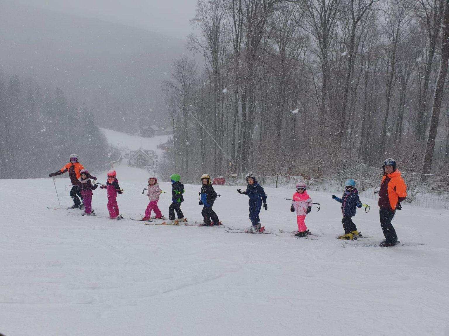 Tabara de schi pentru copii la Sugas Bai - Covalpin